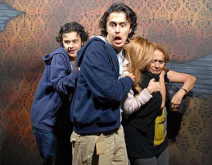 haunted-house-reaction-photos