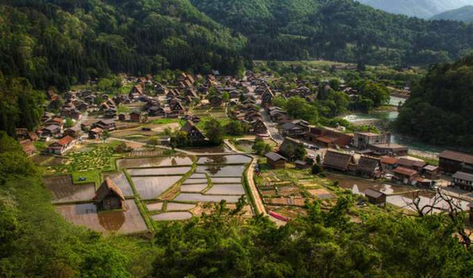 The-village-of-Shirakawa-go-Japan